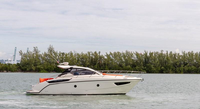2014 AZIMUT Atlantis Motor Yacht 2376942