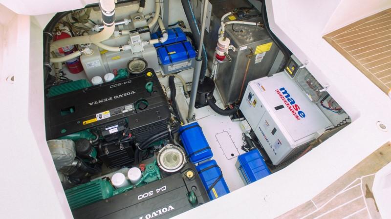 2014 AZIMUT Atlantis Motor Yacht 2376945