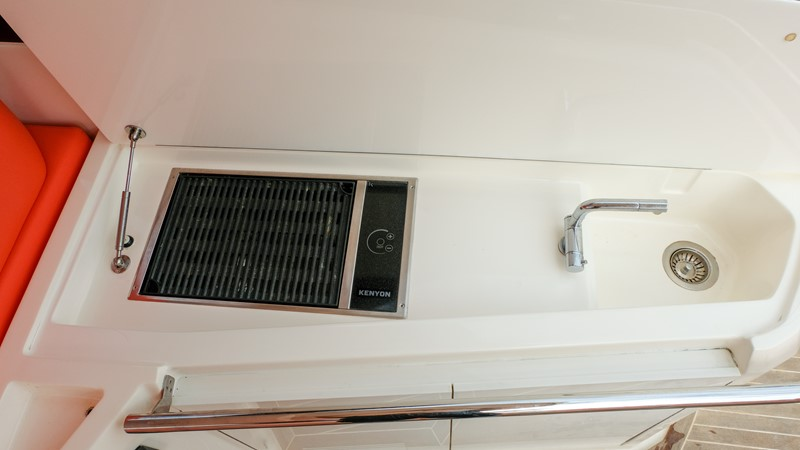 2014 AZIMUT Atlantis Motor Yacht 2376950
