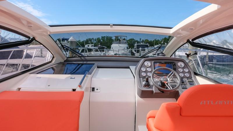 2014 AZIMUT Atlantis Motor Yacht 2376970