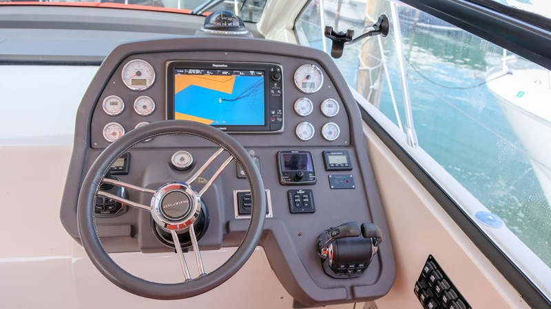 2014 AZIMUT Atlantis Motor Yacht 2376972