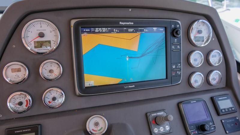 2014 AZIMUT Atlantis Motor Yacht 2376973