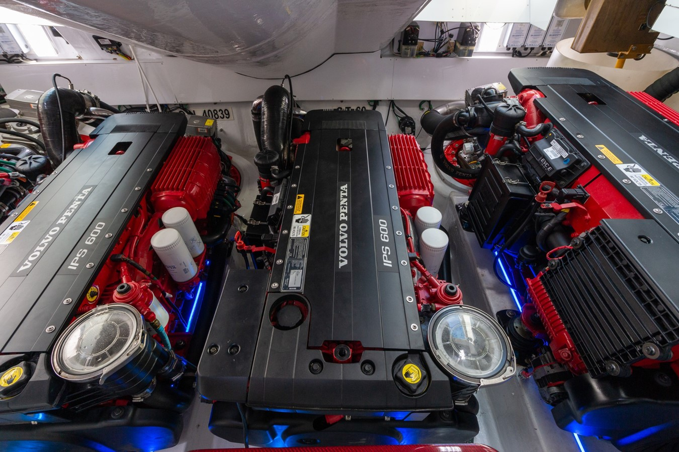 Engine Room w/ Ferrari Red Engines 2008 LAZZARA LSX Cruiser 2394894