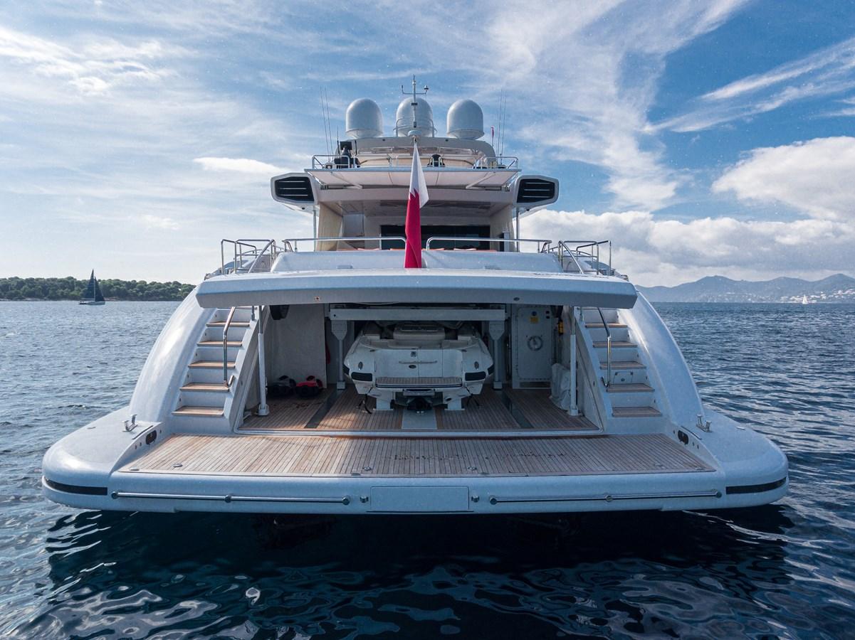 Garage 2011 OVERMARINE GROUP 165 Motor Yacht 2722167