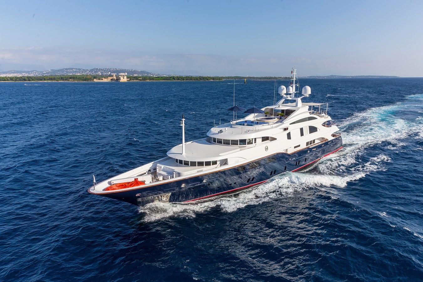 LADY_MICHELLE_00000925_vb1580138 2003 BENETTI  Mega Yacht 2885401