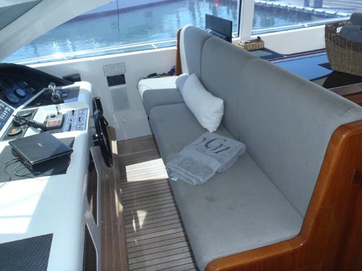 2006 OVERMARINE GROUP 72 Cruiser 2423853