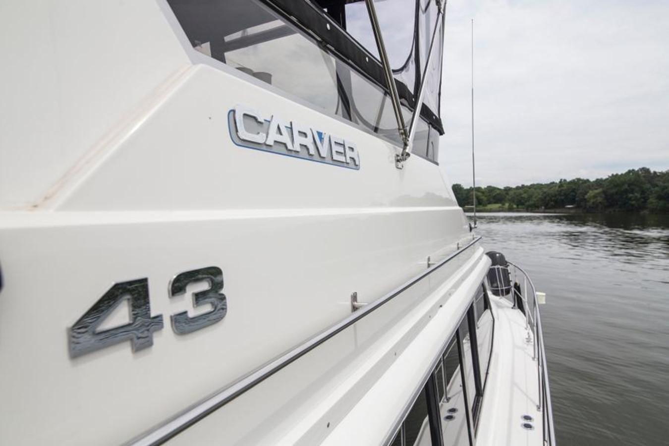1992 CARVER 43 CPMY Cruiser 2380850