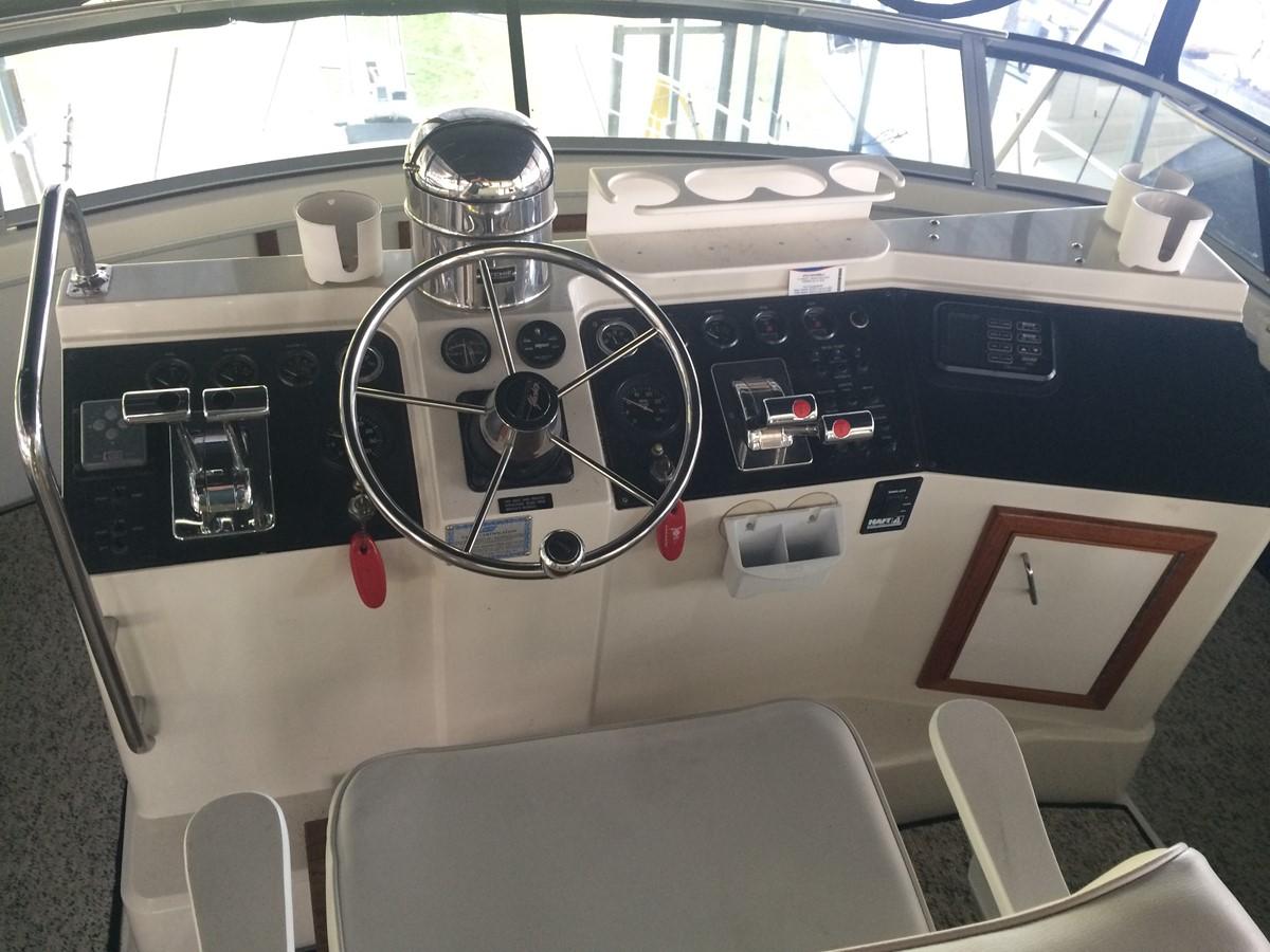 1992 CARVER 43 CPMY Cruiser 2380905