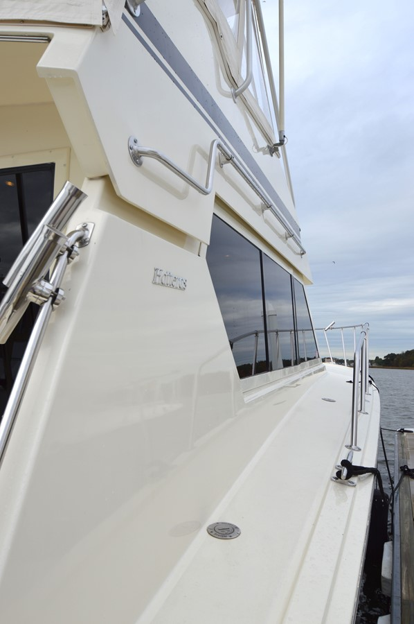 10 - 48 HATTERAS For Sale