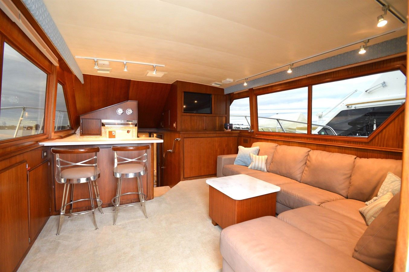 13 - 48 HATTERAS For Sale
