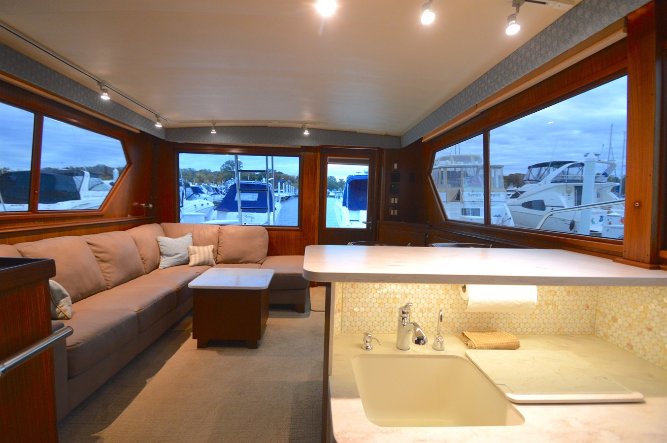 14 - 48 HATTERAS For Sale