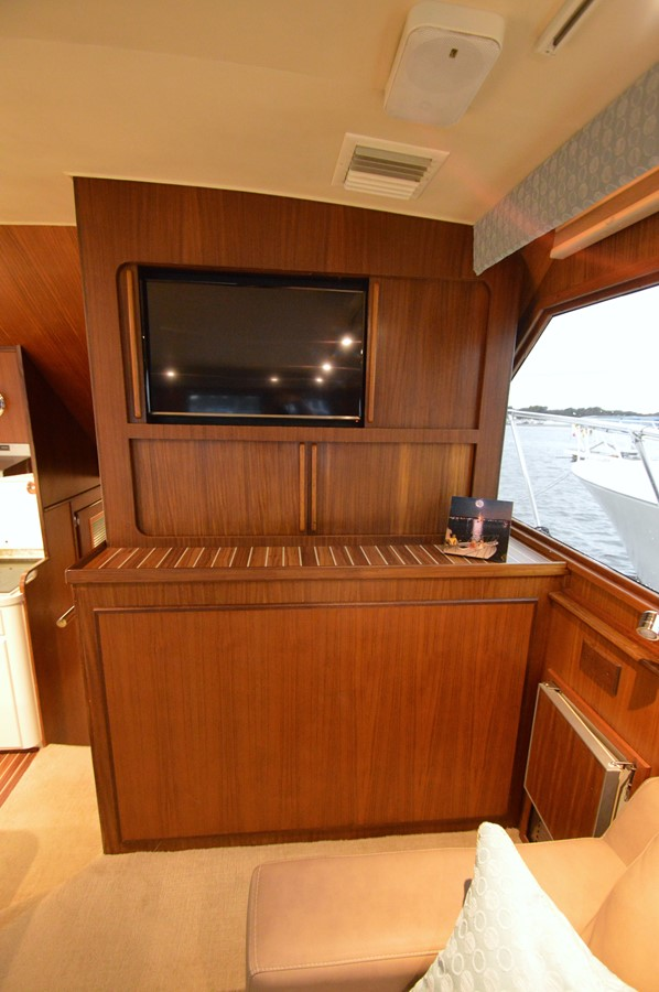 15 - 48 HATTERAS For Sale