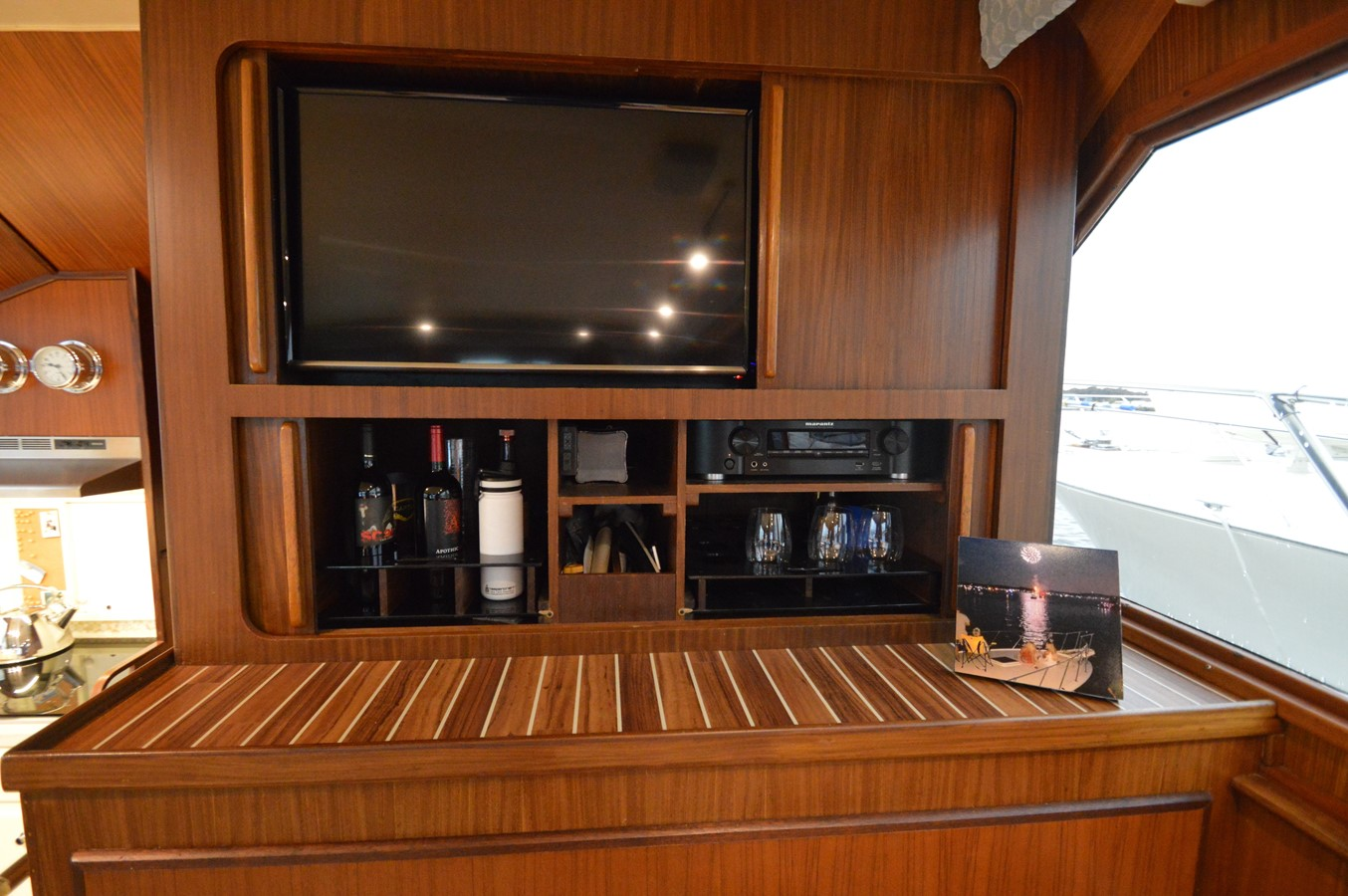 16 - 48 HATTERAS For Sale