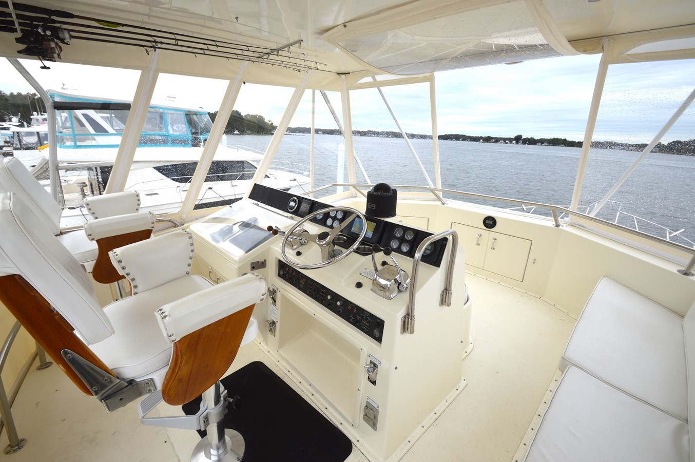 41 - 48 HATTERAS For Sale