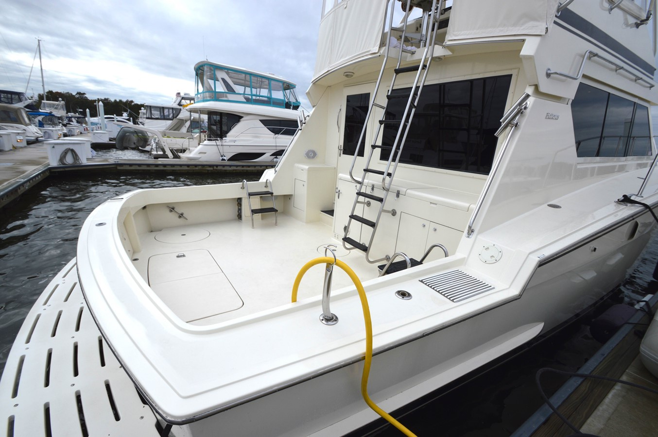 52 - 48 HATTERAS For Sale