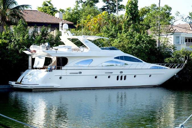 2004 AZIMUT 80 Carat Motor Yacht 2384396