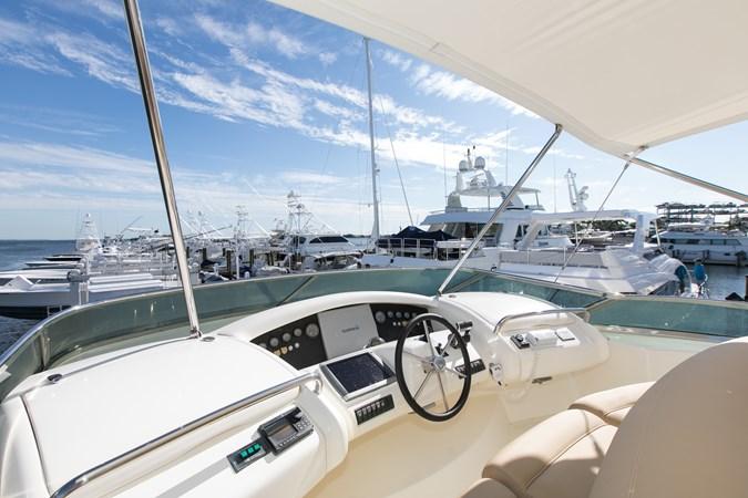 IMGM4636 2004 AZIMUT 80 Carat Motor Yacht 2771661