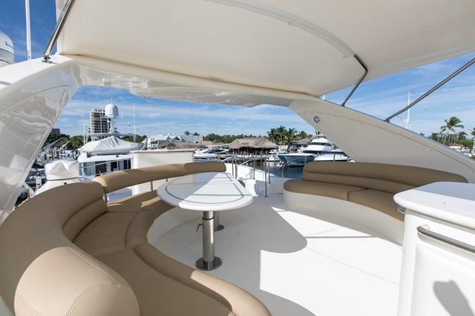 IMGM4642 2004 AZIMUT 80 Carat Motor Yacht 2771673