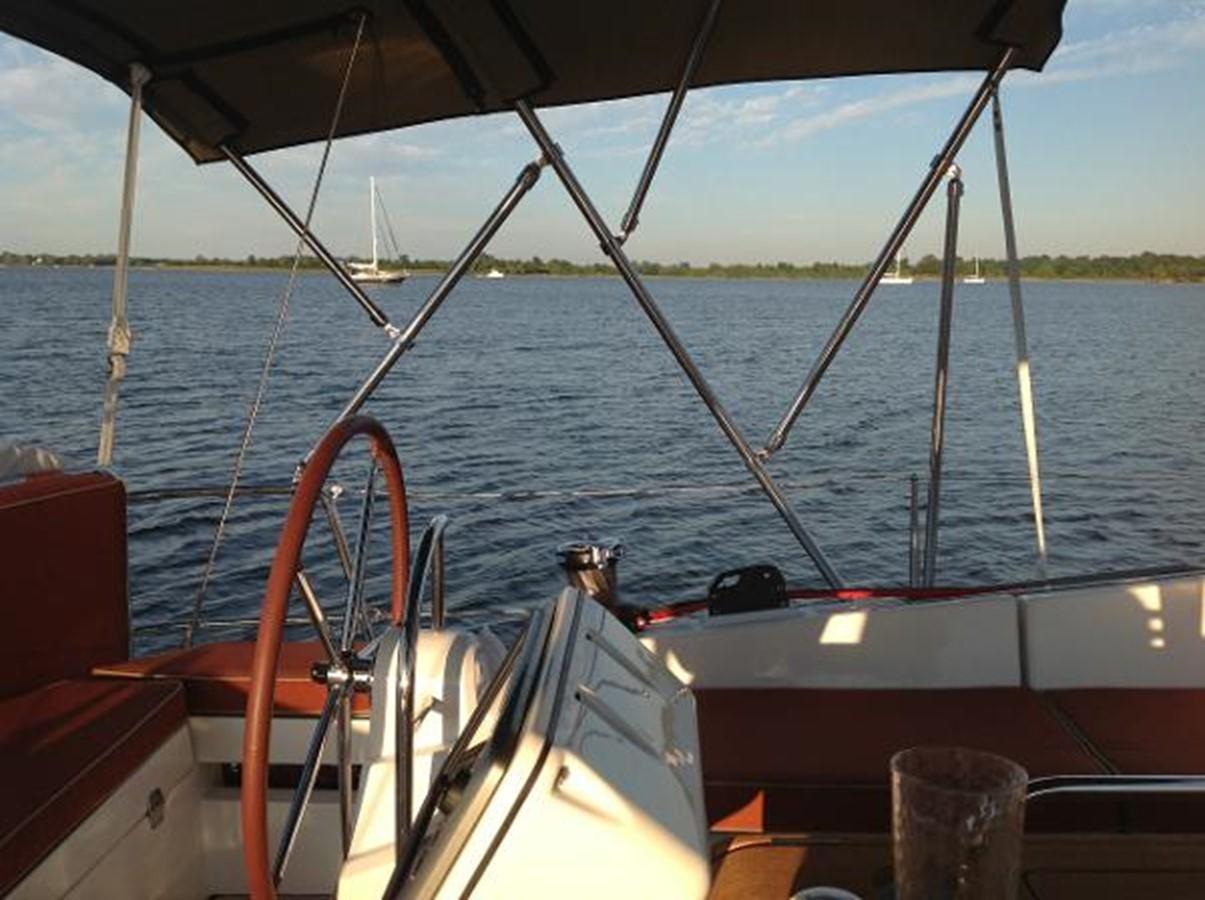 Port Helm 2012 JEANNEAU Sun Odyssey 44 DS Cruising Sailboat 2385310