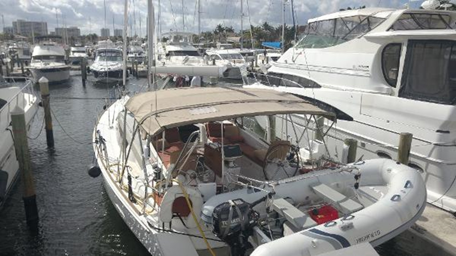 2012 JEANNEAU Sun Odyssey 44 DS Cruising Sailboat 2385315