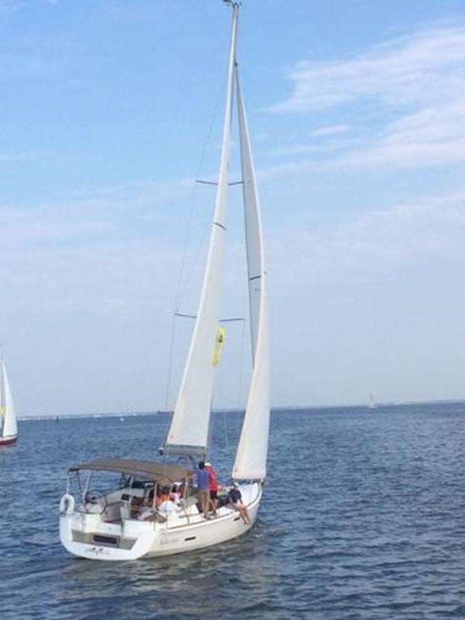 2012 JEANNEAU Sun Odyssey 44 DS Cruising Sailboat 2385319