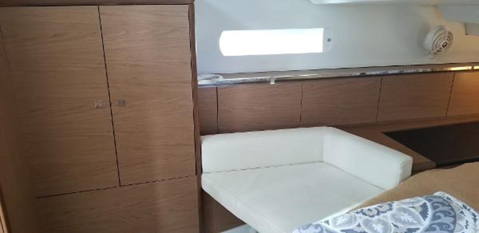 2012 JEANNEAU Sun Odyssey 44 DS Cruising Sailboat 2385324