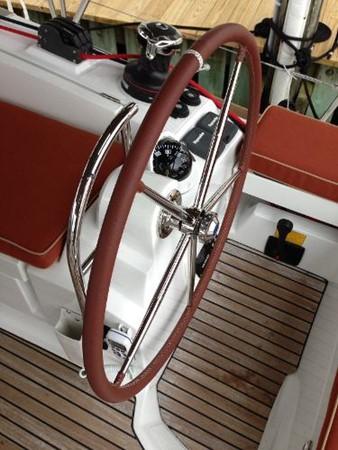 Starboard Helm 2012 JEANNEAU Sun Odyssey 44 DS Cruising Sailboat 2385322