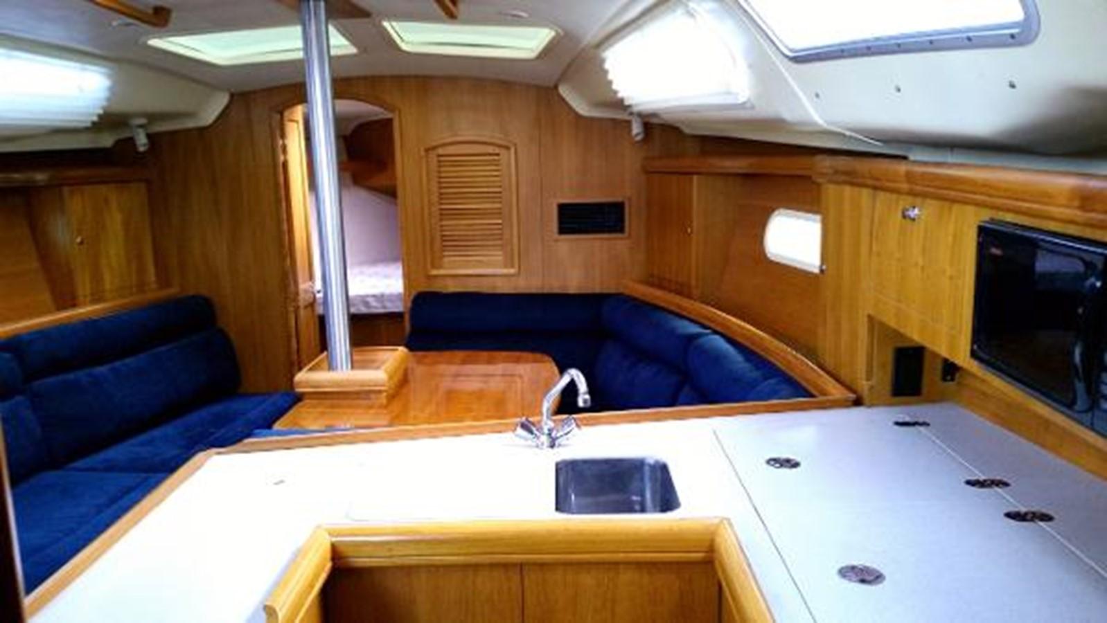 2003 HUNTER 356 Cruising Sailboat 2386269