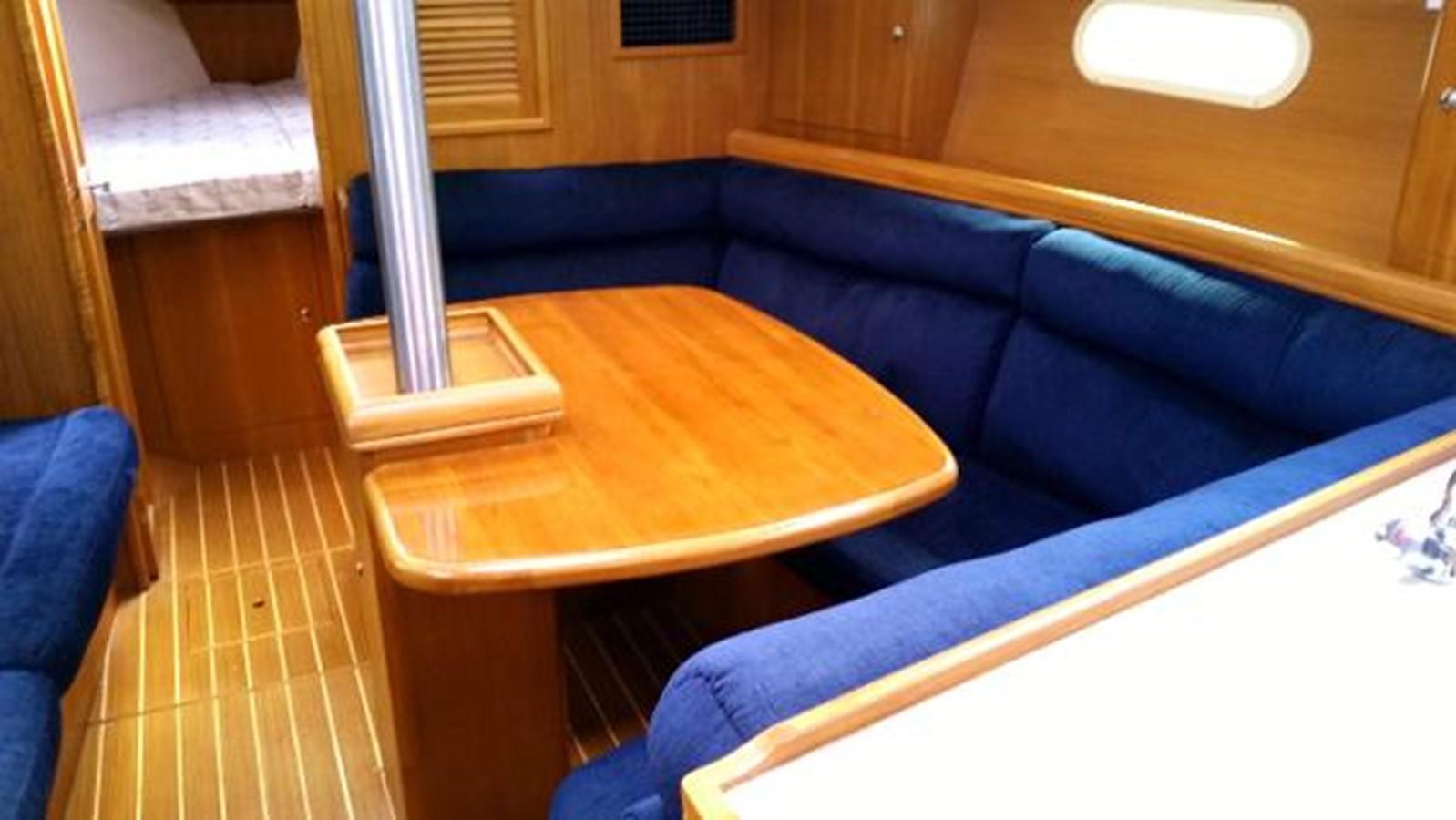 2003 HUNTER 356 Cruising Sailboat 2386275