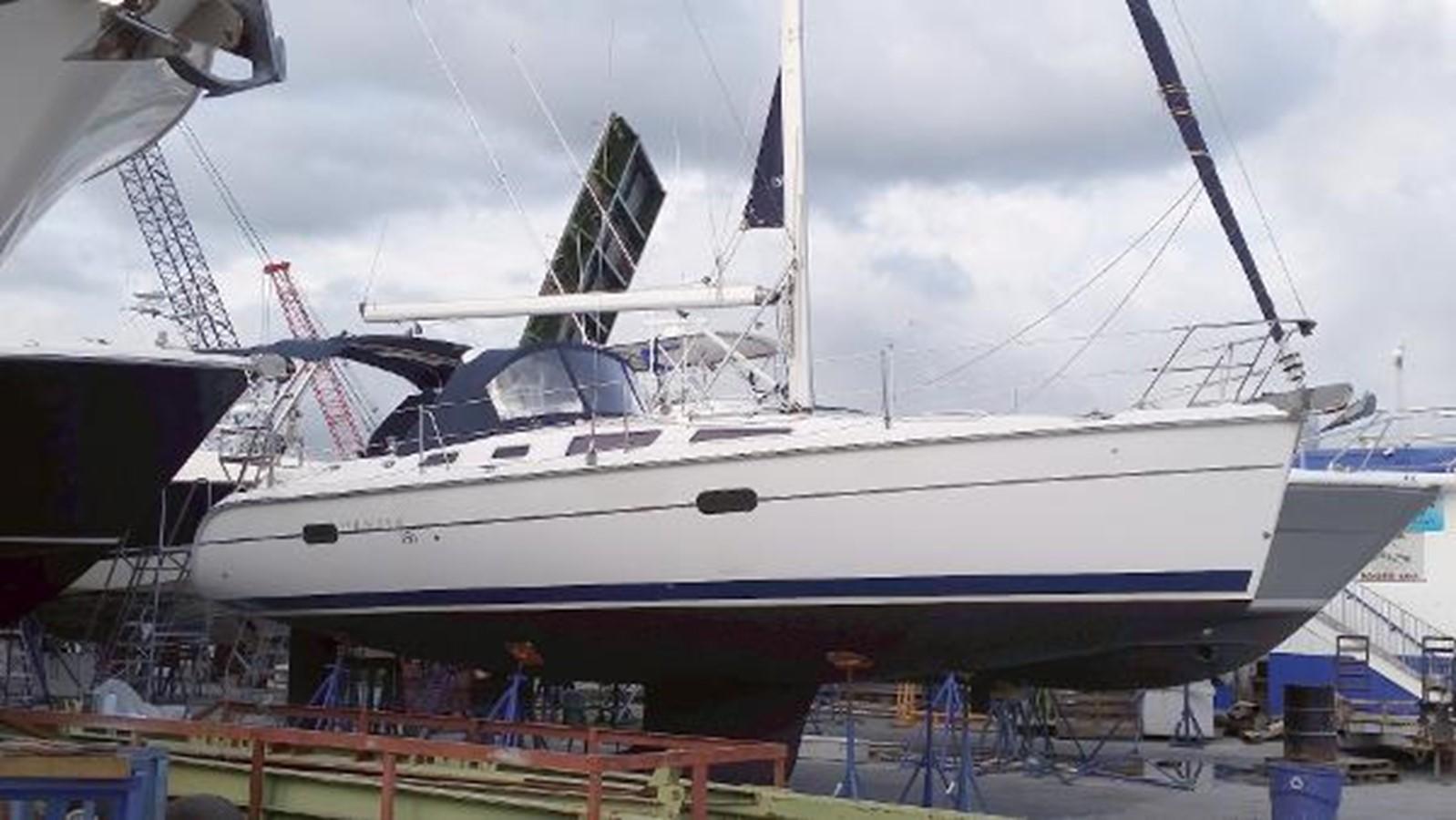 2003 HUNTER 356 Cruising Sailboat 2386287