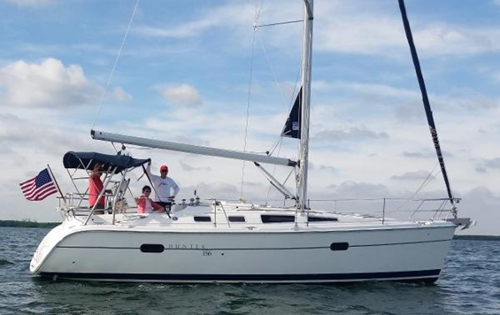 2003 HUNTER 356 Cruising Sailboat 2386251