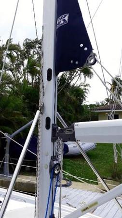 2003 HUNTER 356 Cruising Sailboat 2386263