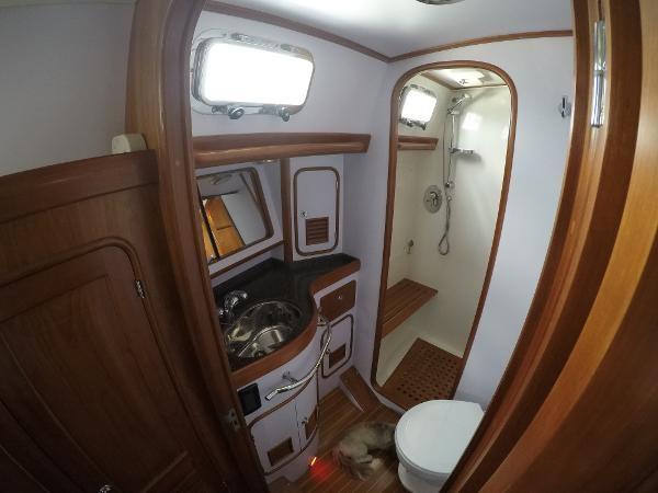 2014 PASSPORT YACHTS 545 Center Cockpit 2386758