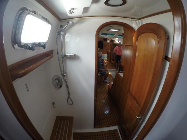 2014 PASSPORT YACHTS 545 Center Cockpit 2386759