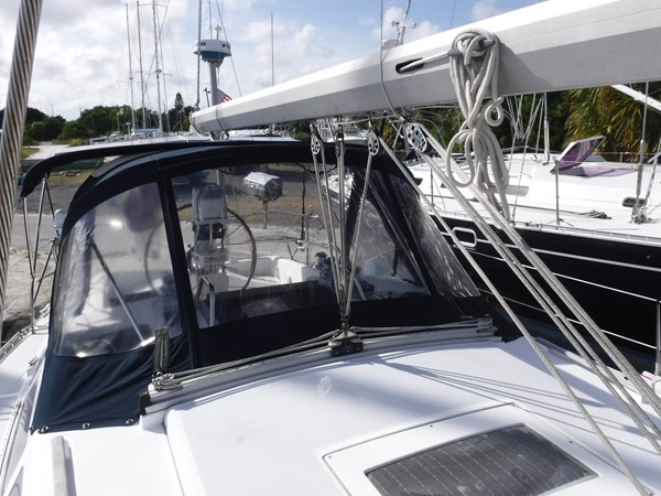 1994 HUNTER  Sloop 2389996