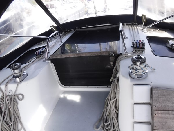 1994 HUNTER  Sloop 2390062