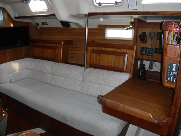 1994 HUNTER  Sloop 2390194