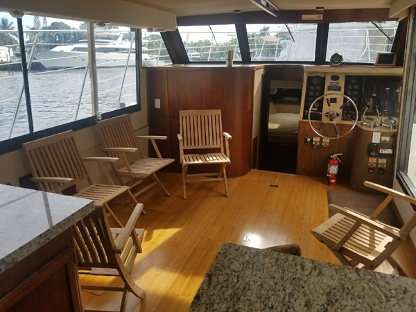 1988 BLUEWATER  Houseboat 2395570