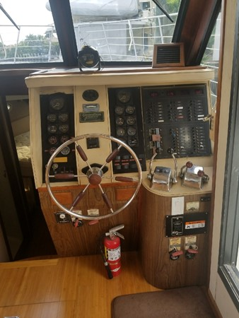 1988 BLUEWATER  Houseboat 2395573