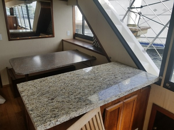 1988 BLUEWATER  Houseboat 2395574