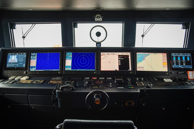 2014 JADE YACHTS  Mega Yacht 2398208