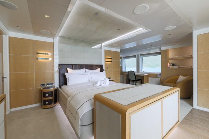 2014 JADE YACHTS  Mega Yacht 2399319