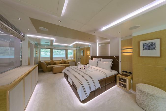 2014 JADE YACHTS  Mega Yacht 2399323