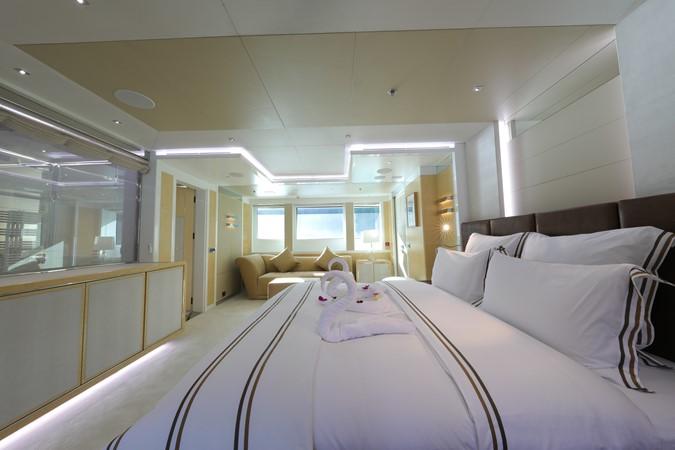 2014 JADE YACHTS  Mega Yacht 2399327