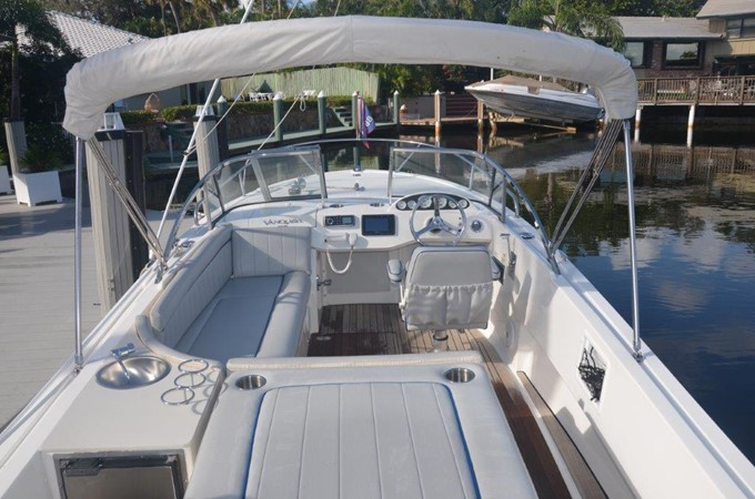 2013 Vanquish Boats  Runabout Runabout 2398218