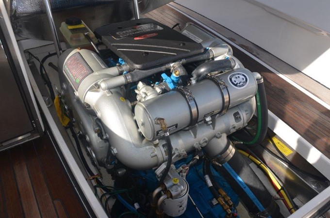 2013 Vanquish Boats  Runabout Runabout 2398229