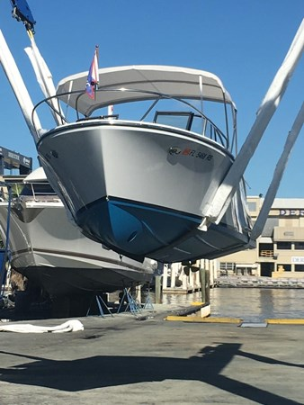 2013 Vanquish Boats  Runabout Runabout 2398230