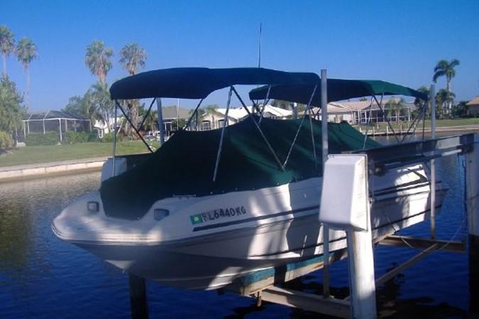 1998 SEA RAY Sundeck Deck Boat 2400521