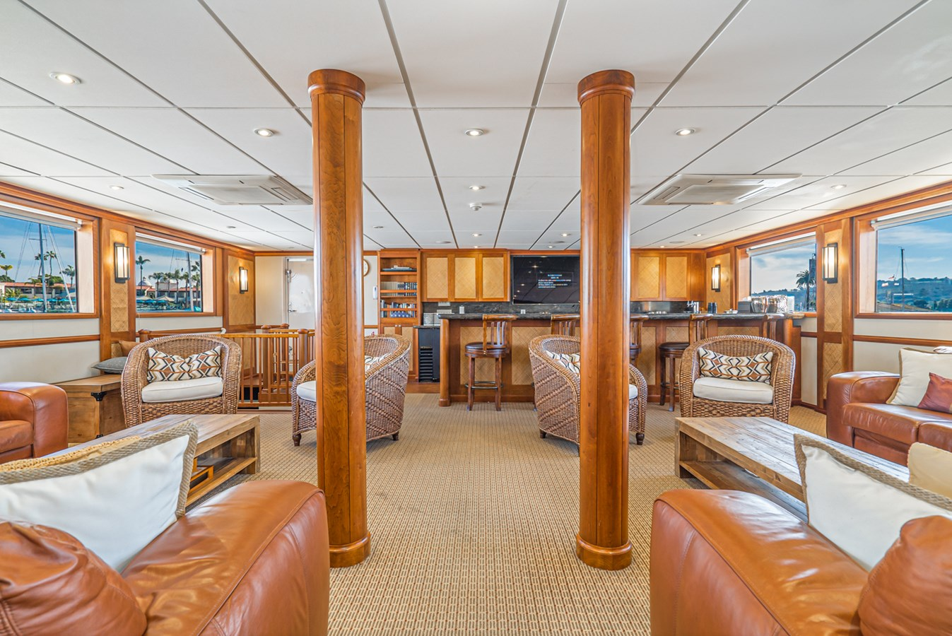 PACIFIC PROVIDER Salon 1978 BLOUNT MARINE Expedition Vessel Expedition Yacht 2816320