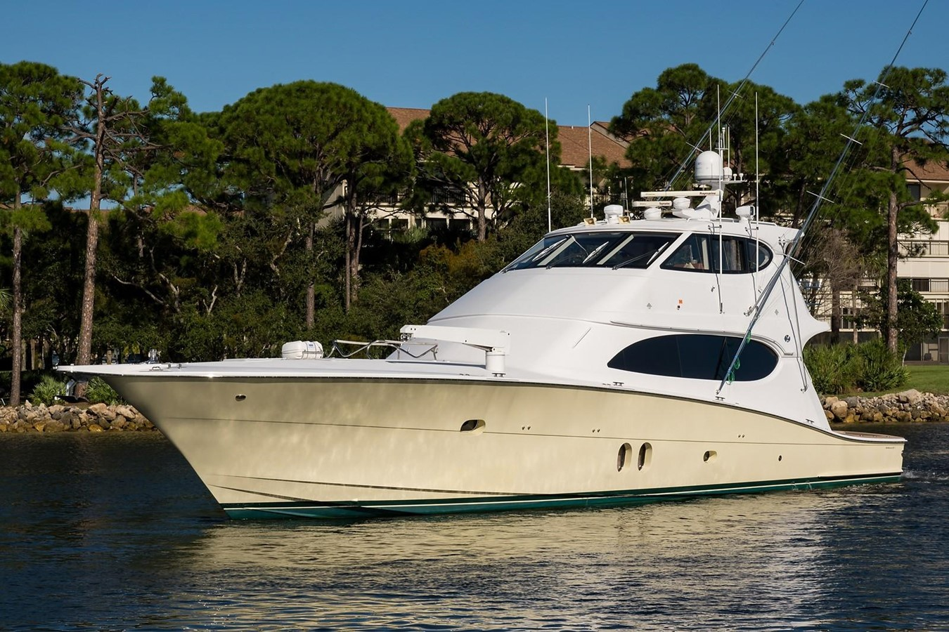 2010 HATTERAS 77 Convertible Sport Fisherman 2403991
